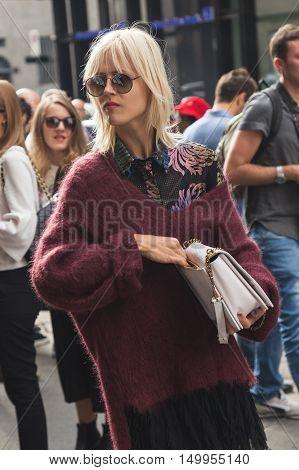 Linda Tol Posing During Milan Fashion Week