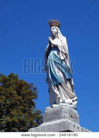 Big Figure Of The Madonna In Lourdes