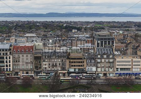 Edinburgh, Scotland - April 2018: Cityscape Of Old Town Edinburgh With Classic Scottish Buildings On
