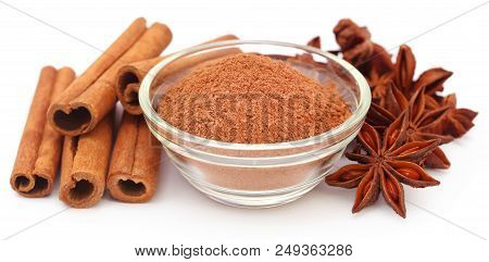 Some Aromatic Cinnamon With Star Anise And Ground Spice In A Bowl