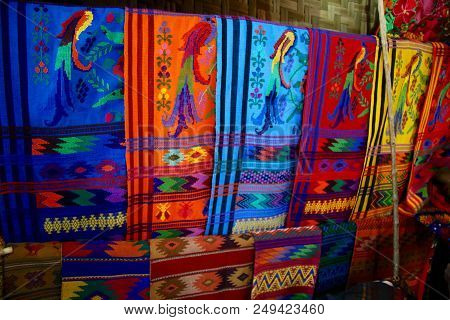 Table Runners Hand Made Weaving On Looms The Traditional Mayan Way