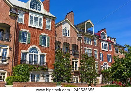 Modern Houses Facing Old Town Alexandria Waterfront In Virginia, Usa. Highly Sought After Residentia