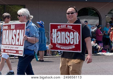 Mendota, Mn/usa - July 14, 2018: Supporters Of Minnesota State Representative Rick Hansen March In A