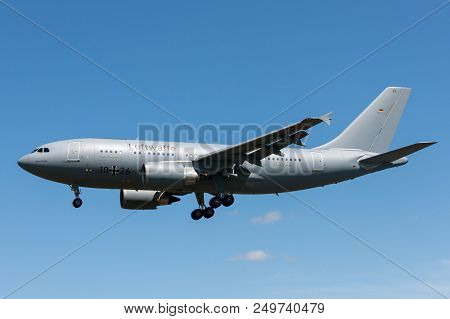 Raf Fairford, Gloucestershire, Uk - July 10, 2014: German Air Force (luftwaffe) Airbus A310-304 Mult