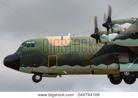 Raf Fairford, Gloucestershire, Uk - July 9, 2014: Algerian Air Force Lockheed C-130h Hercules Milita