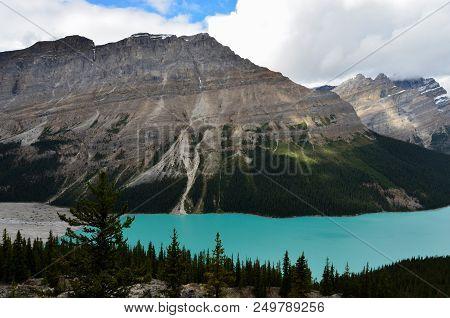 Cloudy Peyto Lake 8