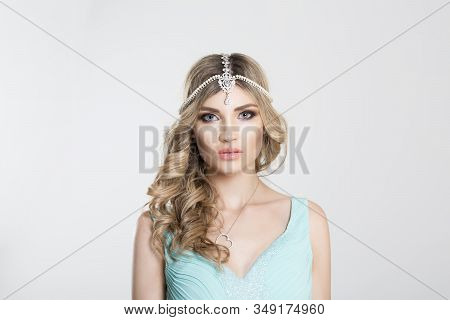 Beauty Queen Bride Woman With Bright Pink With Tikka Indian Jewelry On Head Looking At You Camera, L