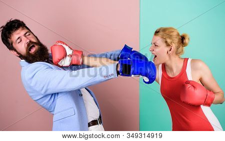 Victims. Knockout Punching. Who Is Right. Win The Fight. Problems In Relationship. Sport. Bearded Ma