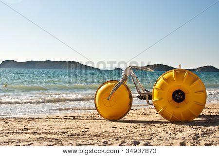 Yellow Beach Bike