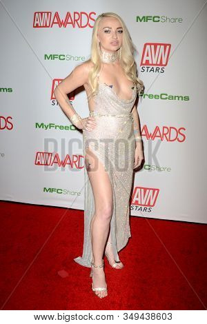 LAS VEGAS - JAN 12:  Carmen Callaway at the 2020 AVN (Adult Video News) Awards at the Hard Rock Hotel & Casino on January 12, 2020 in Las Vegas, NV