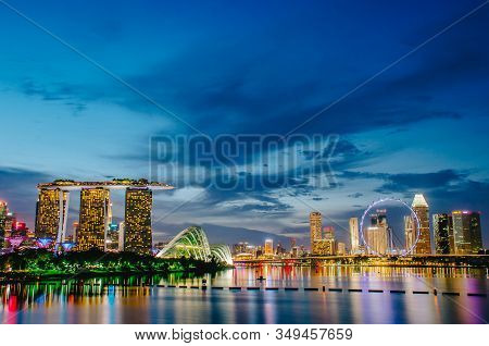 Singapore - Nov 19, 2018 : Night View Of The Marina Bay Sands Resort And Gardens By The Bay Along Si
