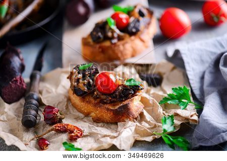 Black Pudding With Onion Crostini.style Vintage..selective Focus