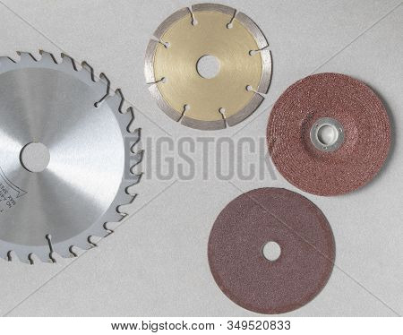 Concrete Cutting Disc With Red Brown Steel Grinding Wheels Circular Saw Blades Have Teeth Of Serrate