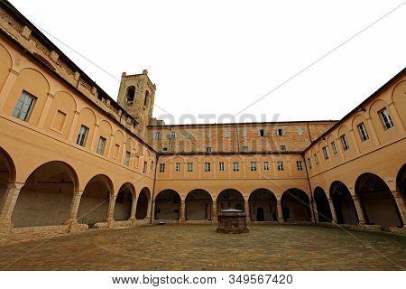 Recanati, Mc, Italy - November 2, 19: Saint Agostino Cloister And The Tower Of The Poem Passero Soli