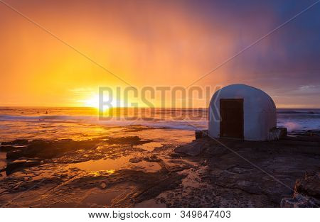 Beuatiful Sunrise At The Iconic Landmark Pumphouse At The Cowrie Hole In Newcastle Nsw Australia