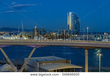 Barcelona, Spain - November 10, 2018: Port Vell With Its Cruise Terminal, Bascule Bridge Porta Deuro