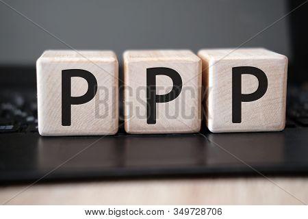 Ppp - Praise Picture Push Concept On Cubes