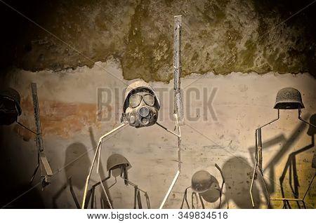 World War Gas Mask Undergound Of Naples