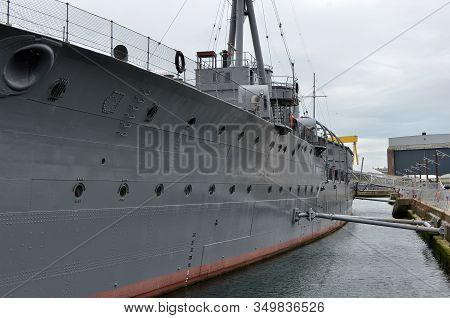 Photo Hms Caroline Belfast Old First World War Battleship
