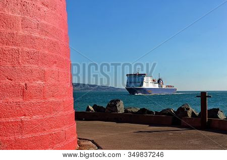 Poolbeg Lighthouse Dublin Port And Ferry Aproach