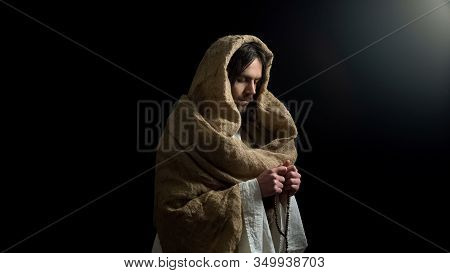 Jesus Praying With Rosary For Mortal People Sins Expiation, Messiah Religion
