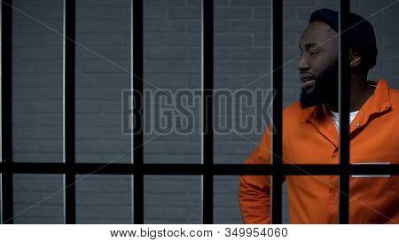 Aggressive Afro-american Prisoner In Camera, Serving Life Sentence, Dangerous