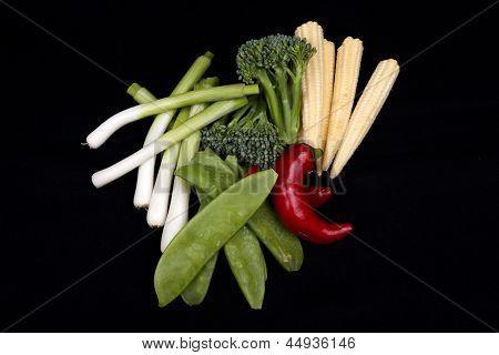 Chili, Brokkoli, Lauch Baby, Baby-Mais und Mange Tout