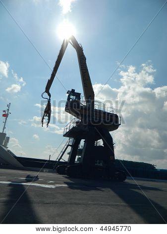 A Multi Docker catches the sun