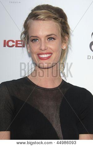 LOS ANGELES - APR 22:  Taylor Bagley arrives at