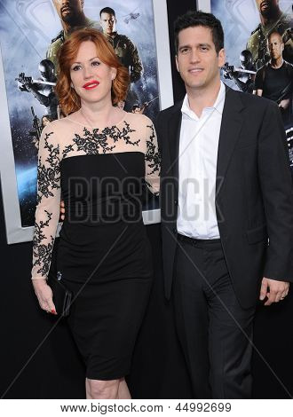 LOS ANGELES - MAR 28:  Molly Ringwald & Panio Gianopoulos arrives to the