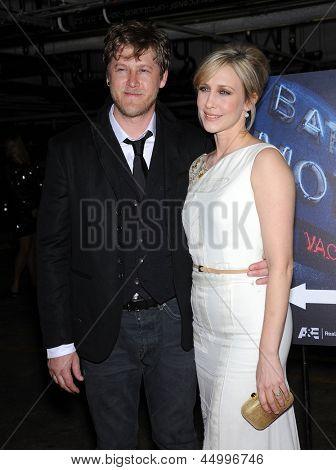LOS ANGELES - MAR 12:  Vera Farmiga & Renn Hawkey arrives to the A&E Network Premiere of