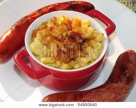 Hot dogs mac & cheese
