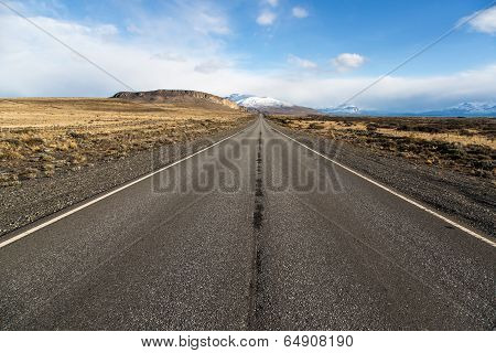 Empty road on the way to Perito Moreno National Park, Argentina
