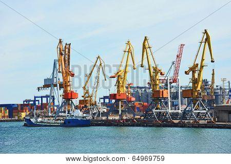 Bunker ship (fuel replenishment tanker) under port crane