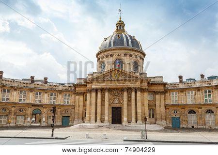 Institute De France In Paris
