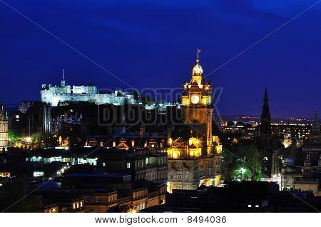 View On Edinburgh Castle In Night