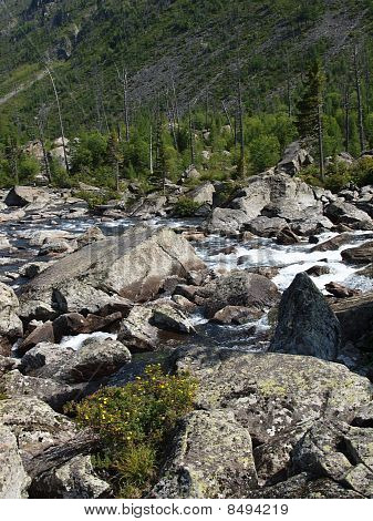 Falling-home from stones between the bottom and average lake Mult, mountain Altai 16