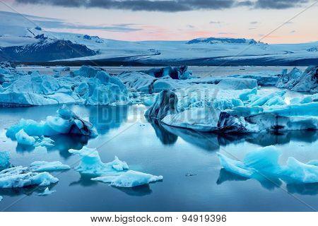 The Jokulsarlon glacier lagoon