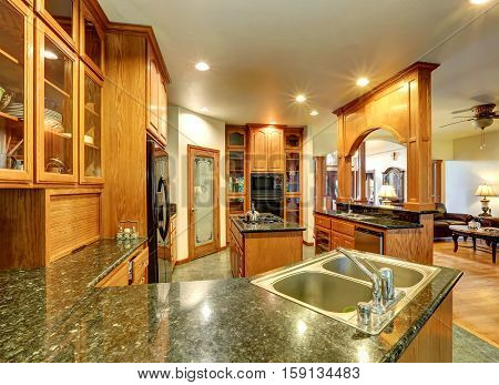 Beautiful Custom Designed Kitchen Room With Gorgeous Granite.