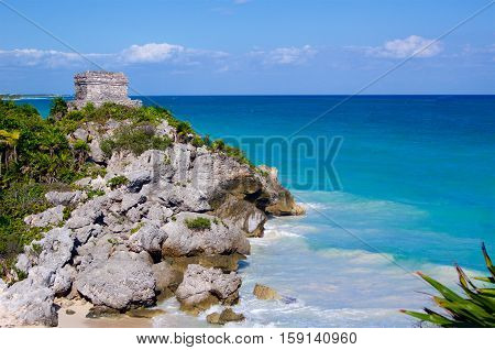 Tulum ruins on seaside Mexico Caribbean sea