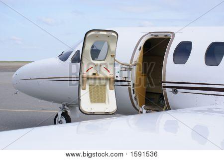 Business Jet
