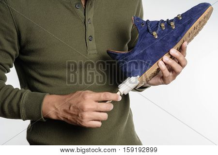 Cleaning Shoe
