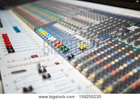 Professional soundboard