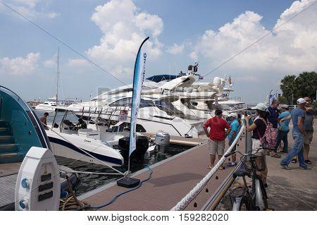 PATTAYA THAILAND - NOVEMBER 26 2016 :The Yacht moored at dock on Ocean Marina Pattaya Boat Show in Pattaya Thailand