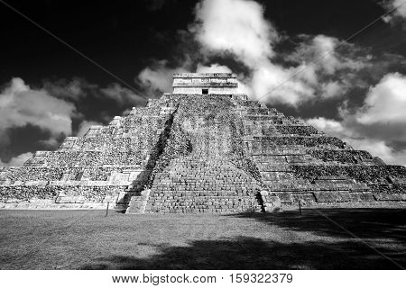 Famous Mayan pyramid in Chichen Itza archeological site one of new Seven wonders of the World Mexico
