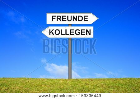 Signpost is showing Friends and Colleagues in german language
