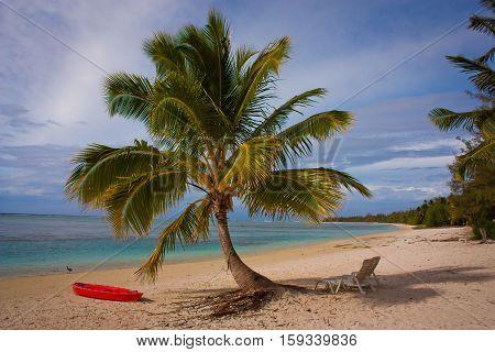 Relax on the beach in Aitutaki Islands paradise