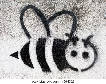Grafitti Stencil Black Bee