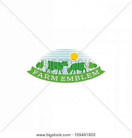 Cow farm logo. Farm milk emblem. Dairy farm product logo label.