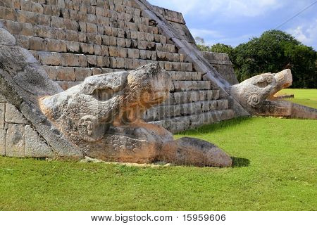 Kukulcan serpent snake El Castillo Mayan Chichen Itza pyramid Mexico Yucatan